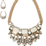 Forever21—inexpensive jewelry and accessories without breaking the bank.